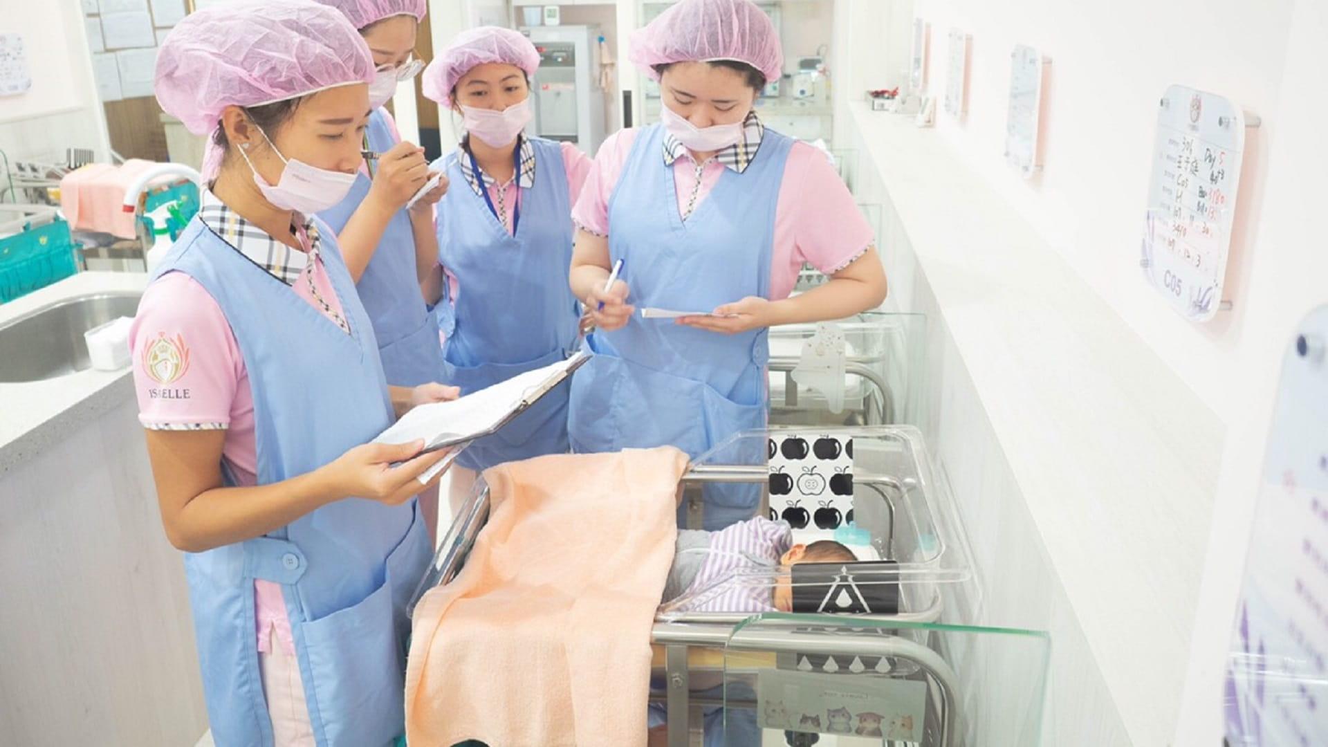 伊夏月子中心護理團隊